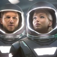 passengers_review_jennifer-lawrence