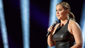 "Amy Schumer em ""The Leather Special"". Créditos: Netflix"